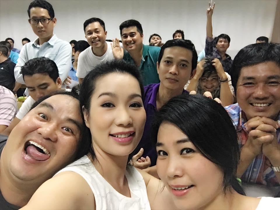 Ảnh đời  thường của sao Việt qua facebook ngày 27/11