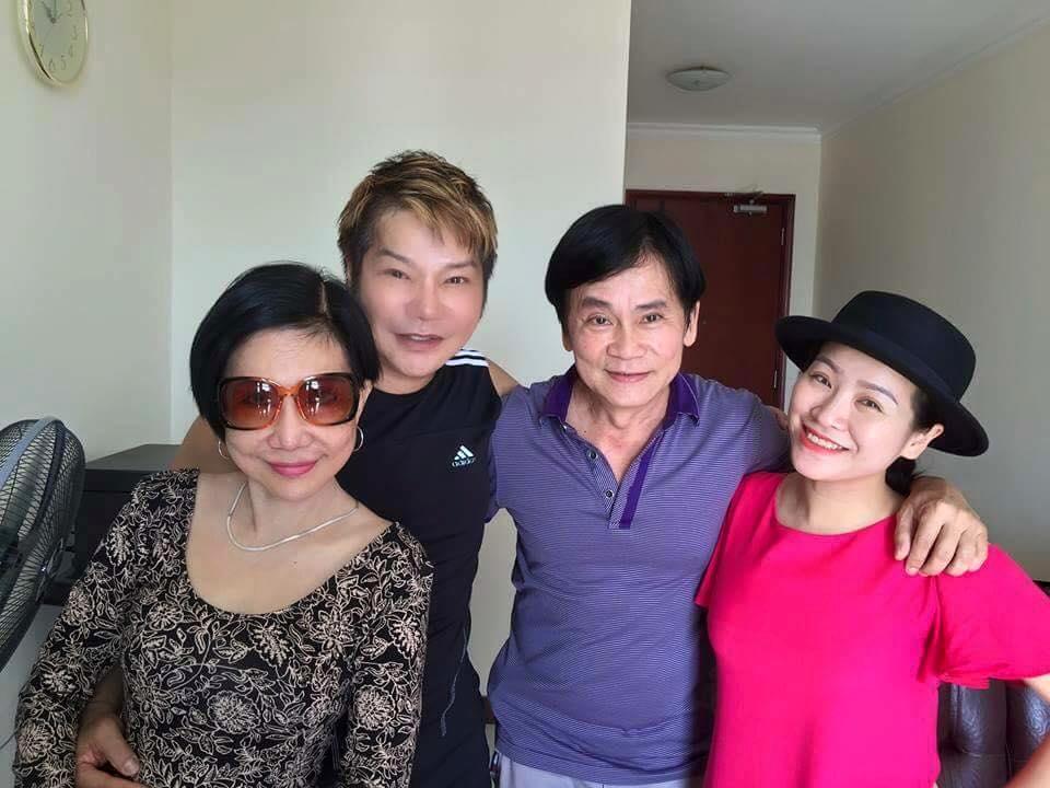 Ảnh đời  thường của sao Việt qua facebook ngày 18/12