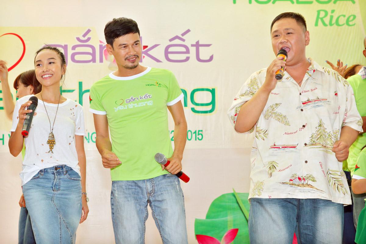 Đoan Trang, Tiết Cương cùng Minh Béo quậy tưng chương trình từ thiện