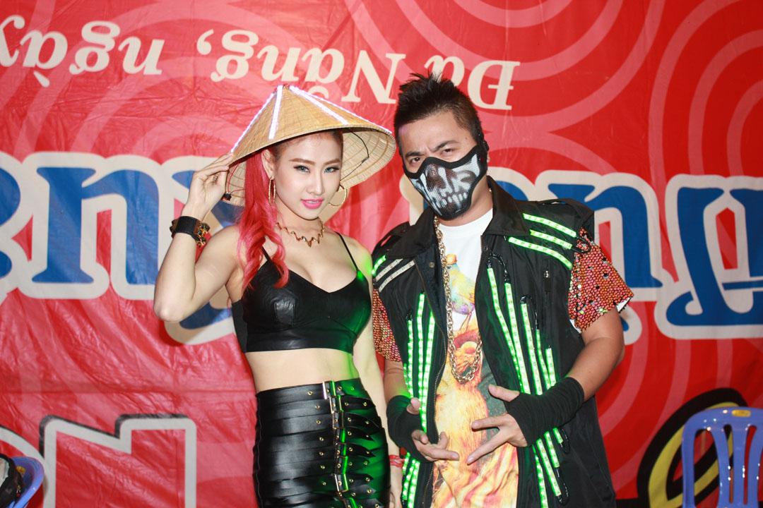 DJ Wang Trần được săn đón tại lễ hội Countdown