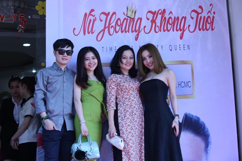 """Nữ hoàng doanh nhân Mai Diệu Linh với buổi hội thảo """"Nữ Hoàng Không Tuổi"""""""