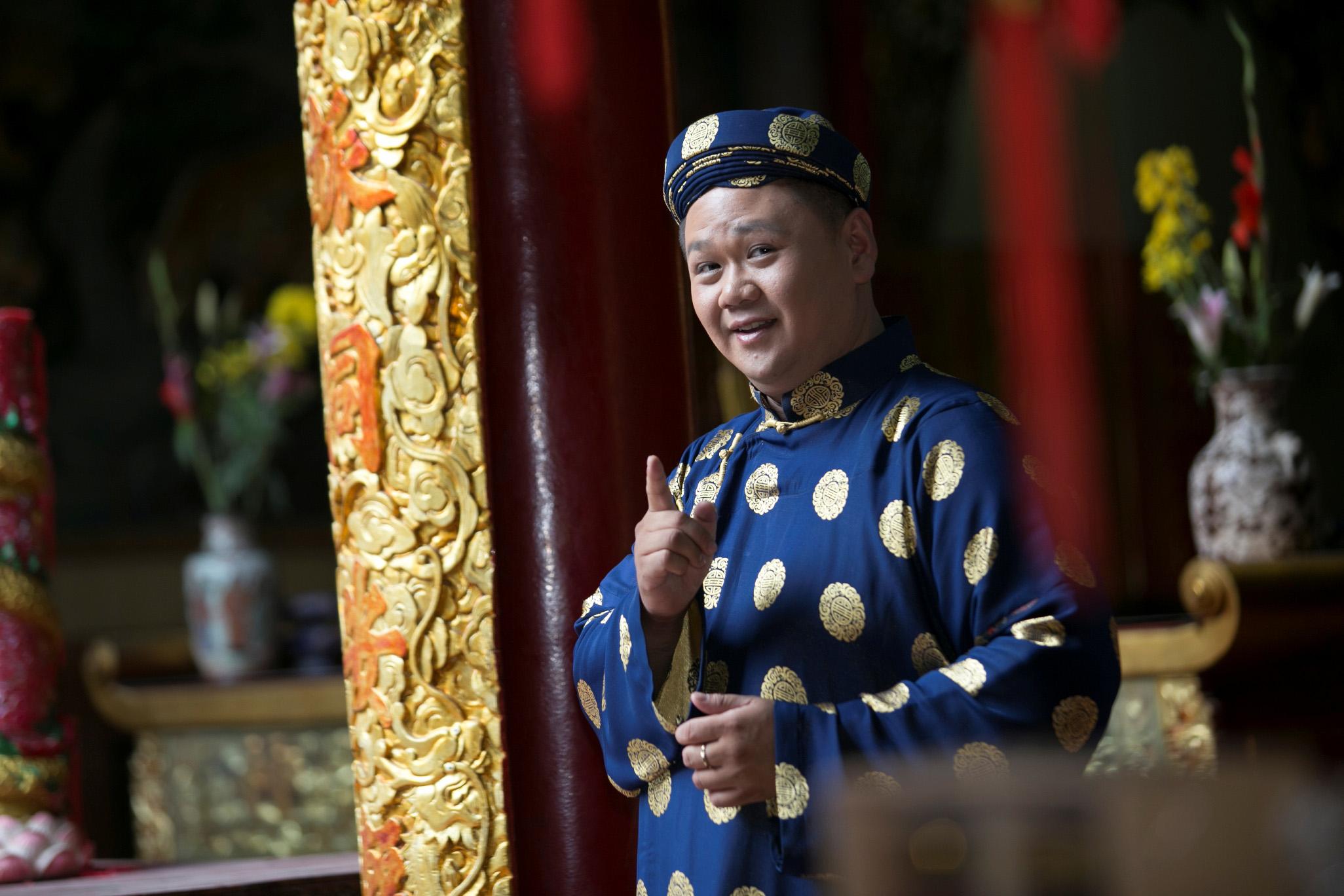 Minh Béo diện áo dài truyền thống du xuân đầu năm mới
