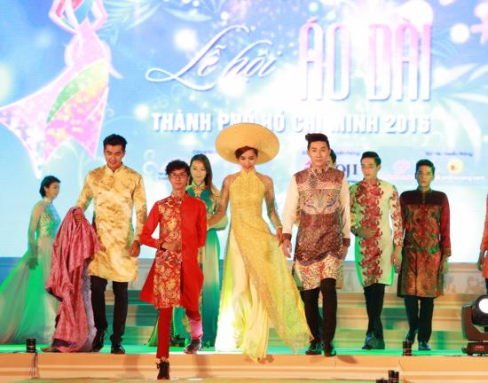 Bộ 3 siêu mẫu Nam Phong, Trịnh Xuân Nhản, Thoại Tiên tự tin giữ vai trò Vedette trong lễ hội áo dài - Ảnh 7