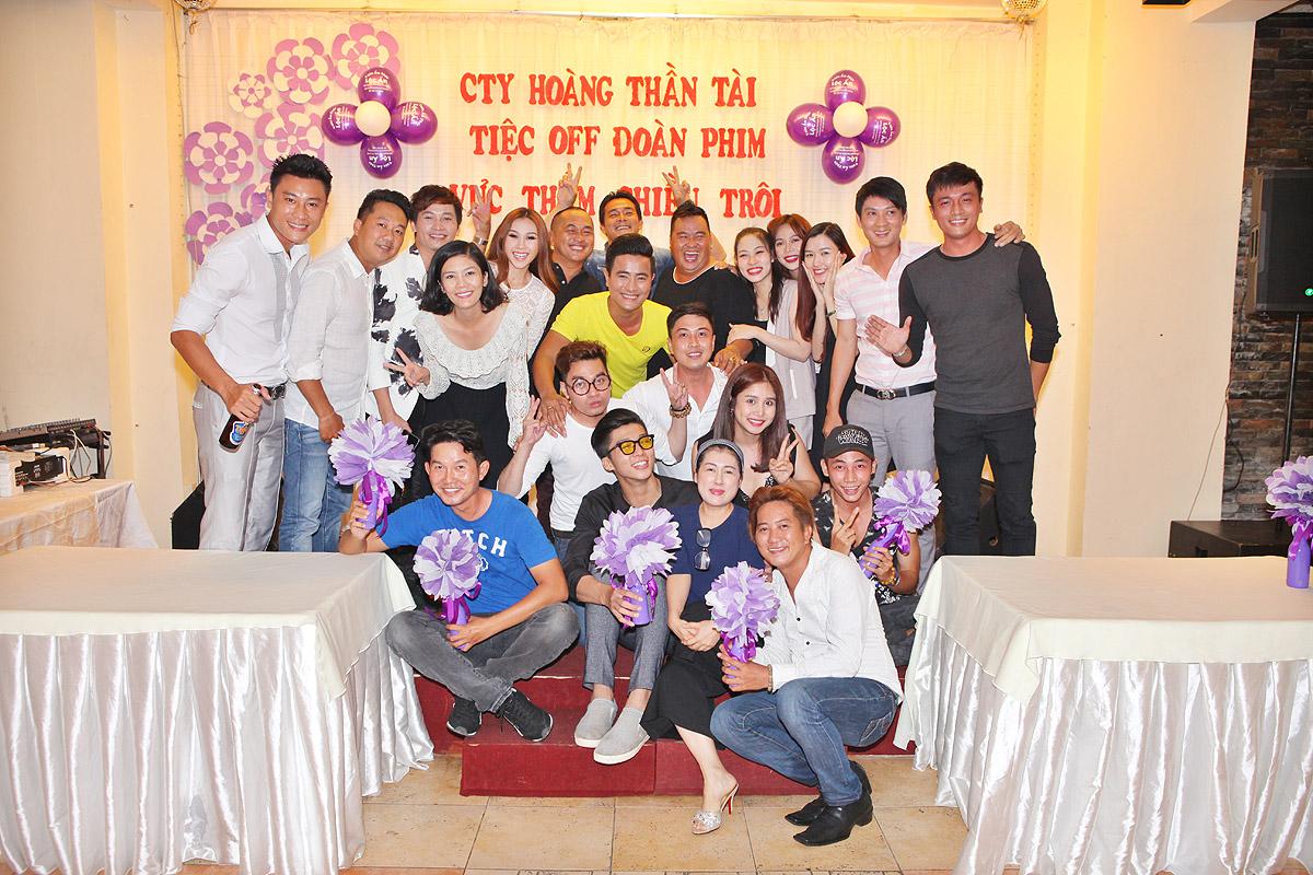 Ảnh đời  thường của sao Việt qua Facebook ngày 28-4