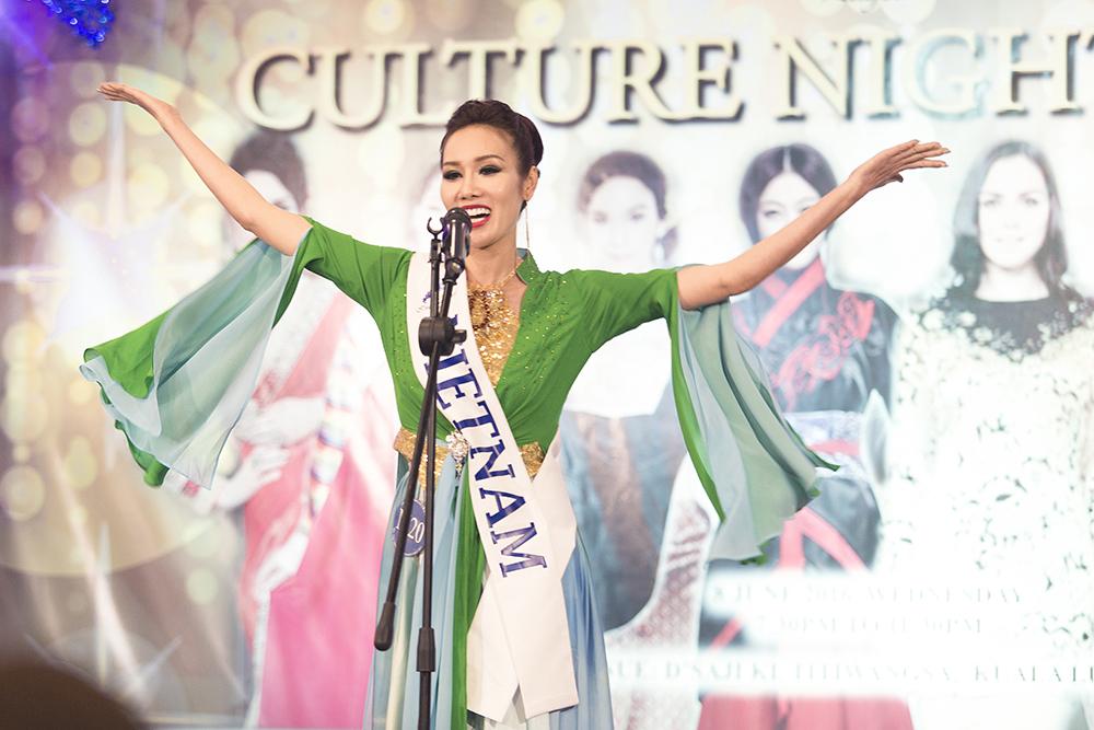 Đại diện Việt Nam đoạt giải Hoa hậu Ảnh Mrs Asia International 2016