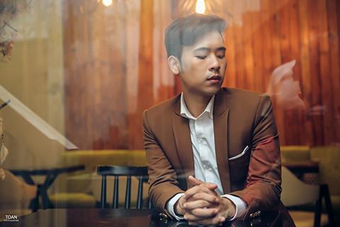 """MC Minh Ngọc hóa """"Nam thần"""" trọng bộ ảnh mới"""
