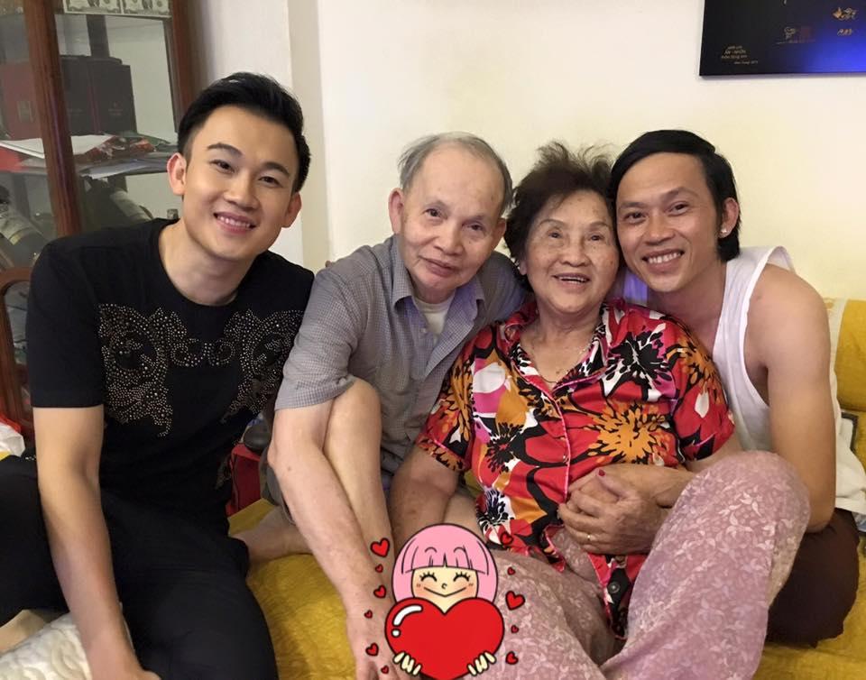 Ảnh đời thường của sao Việt qua Facebook ngày 12-7