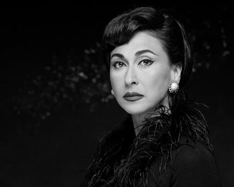 Cherie Gil- Người phụ nữ truyền cảm hứng của màn ảnh Philippines