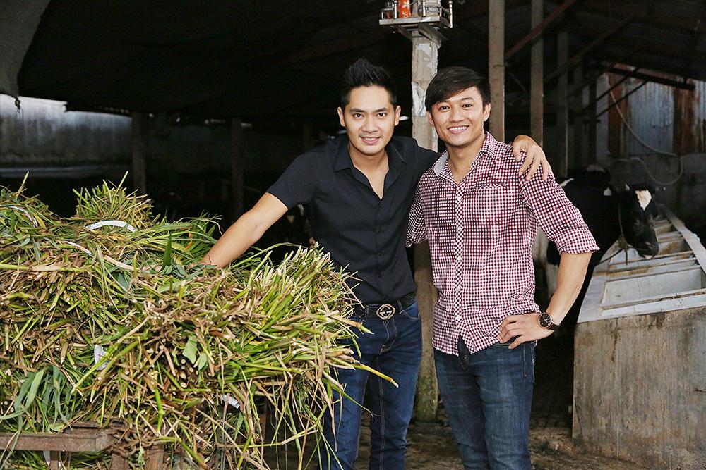 Quý Bình mời Minh Luân về nhà vườn ăn tiệc