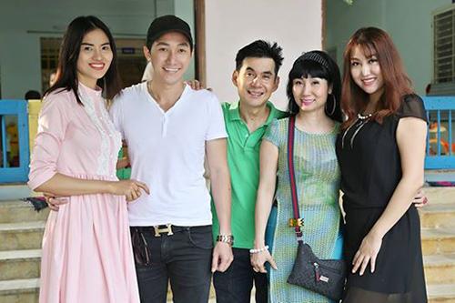 Ảnh đời thường của sao Việt qua Facebook ngày 16-10