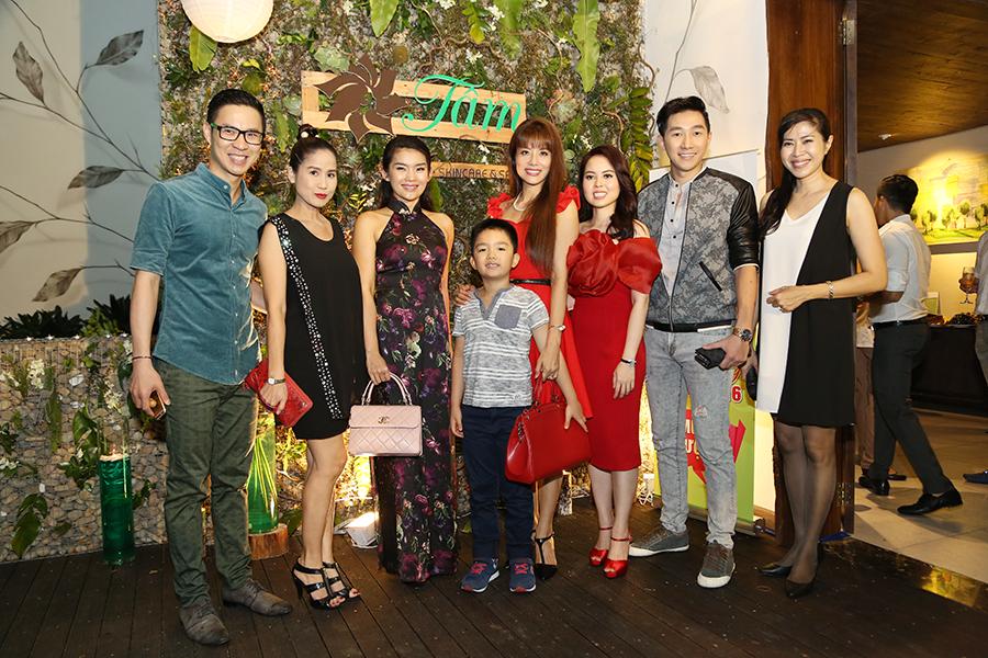 Đông đảo sao Việt đến dự khai trương Tâm Skincare & Spa