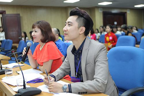 """MC Hoàng Anh Duy lần đầu tiên ngồi """"ghế nóng"""" cuộc thi VMU 2016"""
