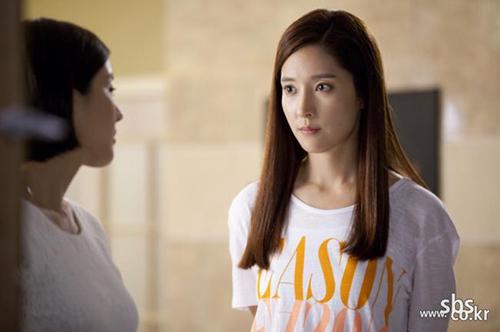Wang Bit Na- Ác nữ của màn ảnh Kim Chi tái ngộ khán giả Việt Nam