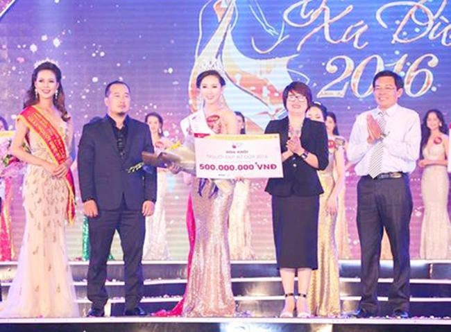 Ảnh đời thường của sao Việt qua Facebook ngày 5-12