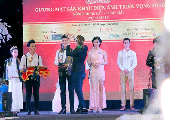 Nguyễn Văn Nghĩa và hành trình chinh phục danh hiệu Đại sứ du lịch điện ảnh 2016.