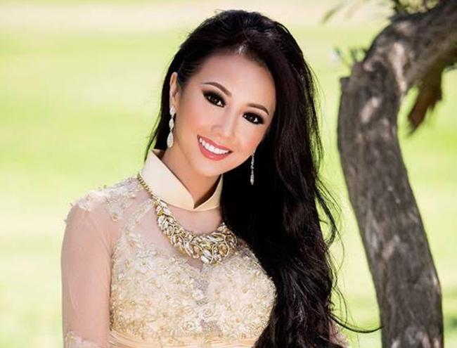 Ngắm nhan sắc kiều diễm của Hoa hậu phu nhân Victoria Li Hạnh.