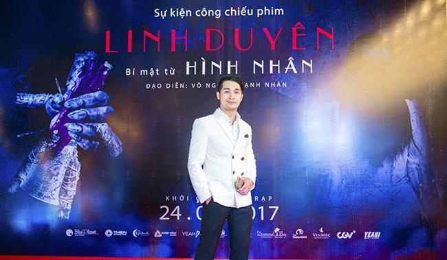 Doanh nhân Đàm Giang Nam lịch lãm tham dự công chiếu phim tại Hà Nội.