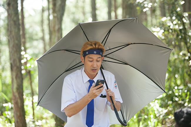 """Nhà sản xuất tung trailer 2 để tố cáo vai diễn của Huy Khánh bị """"bóng"""""""
