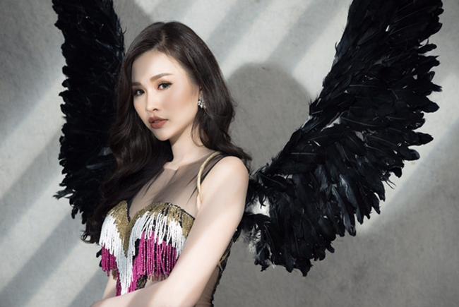 Tan chảy trước vẻ đẹp thiên thần của người mẫu Thanh Trang