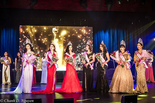 """Lộ diện cuộc thi có nhiều """"Hoa hậu"""" được trao nhất"""