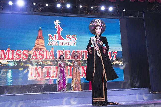 Chiến thắng đầy thuyết phục của Hoàng Hạnh tại Miss Asia Beauty 2017