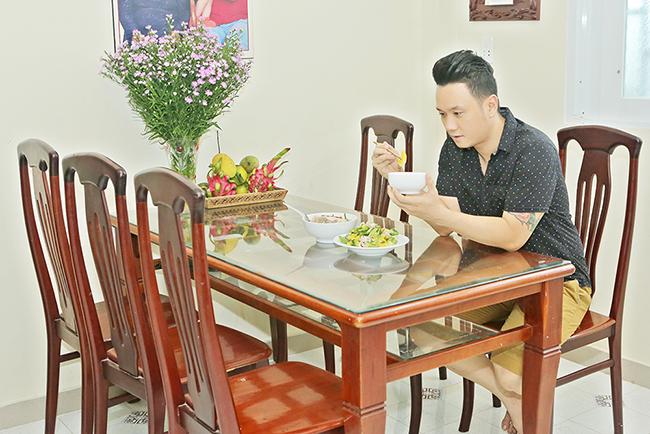 Hàn Thái Tú và cuộc sống bình dị trong căn nhà nhỏ xinh