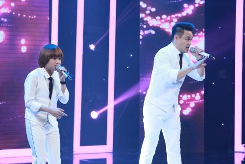 """Quán quân Vietnam Idol Kids Thiên Khôi tiếp tục """"gây bảo"""""""