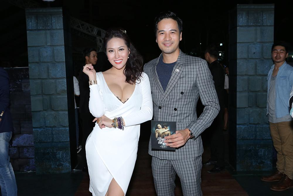 Đoàn Thanh Tài hẹn hò Phi Thanh Vân xem phim ma