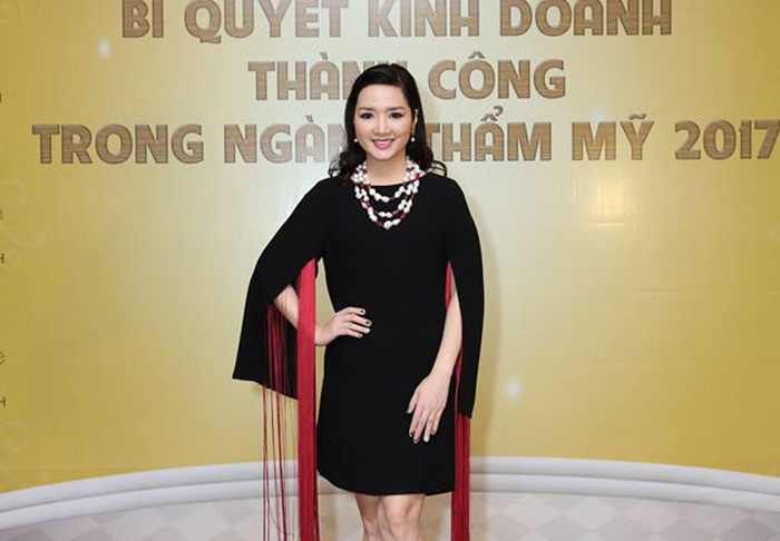 Hoa hậu Giáng My làm đại sứ thương hiệu mỹ phẩm Eetre Belle