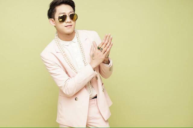 Cựu thành viên HKT Hồ Gia Hùng làm MV khủng