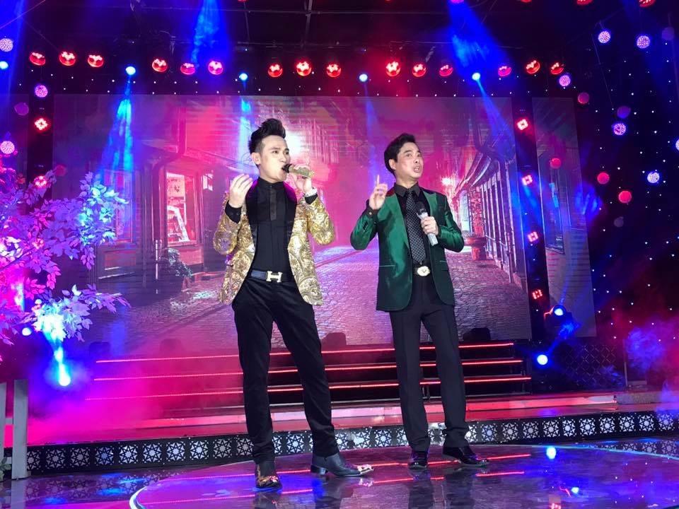 Nguyên Vũ cùng Ngọc Sơn kết hợp ăn ý trong đêm nhạc
