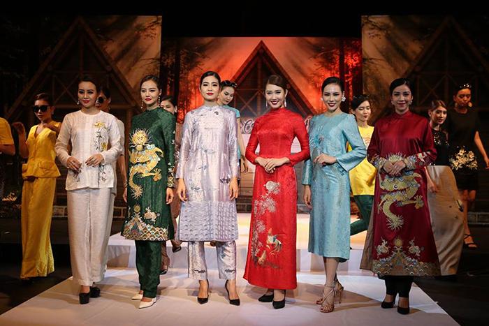 Dàn mẫu đình đám trong đêm thời trang PHONG CÁCH CHÂU Á - ASEAN STYLE