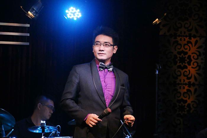 Bản sao MC Nguyễn Ngọc Ngạn  khiến cho các khách mời dành nhiều lời khen tặng