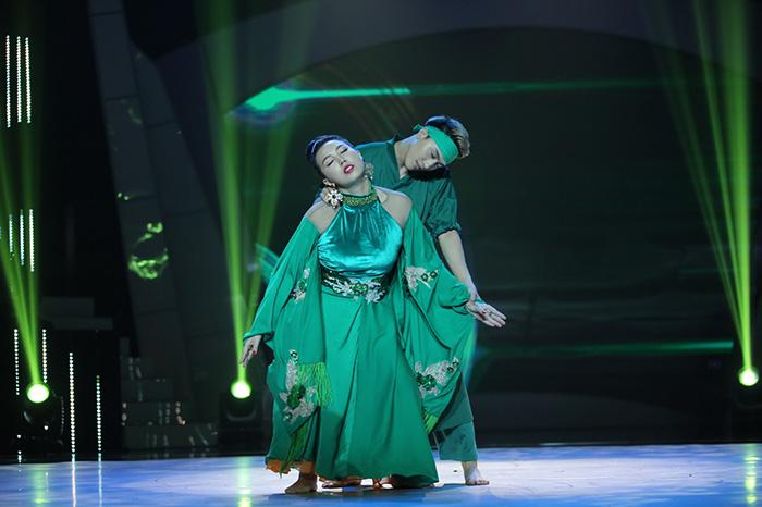 Thanh Huyền bất ngờ với thần thái của một Hoa hậu quý bà.