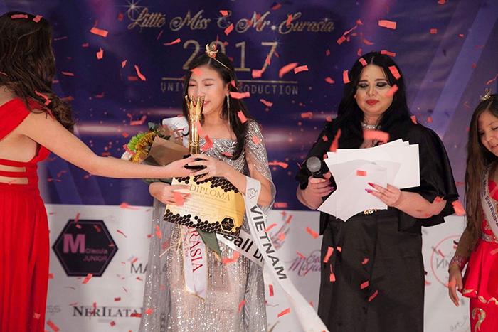 Ngọc Lan Vy đạt danh hiệu Hoa hậu nhí Á Âu 2017