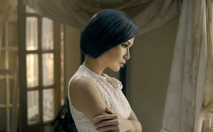"""Uyên Linh mang sự nữ tính, trưởng thành vào album """"Portrait"""""""