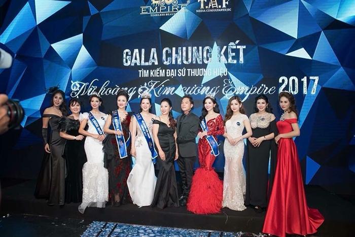 Diễm Nguyễn bất ngờ trở thành Á hoàng kim cương 2017