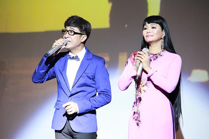 Nguyễn Đức cùng em gái kết nghĩa Ngọc Huyền ru hồn khán giả trong đêm nhạc