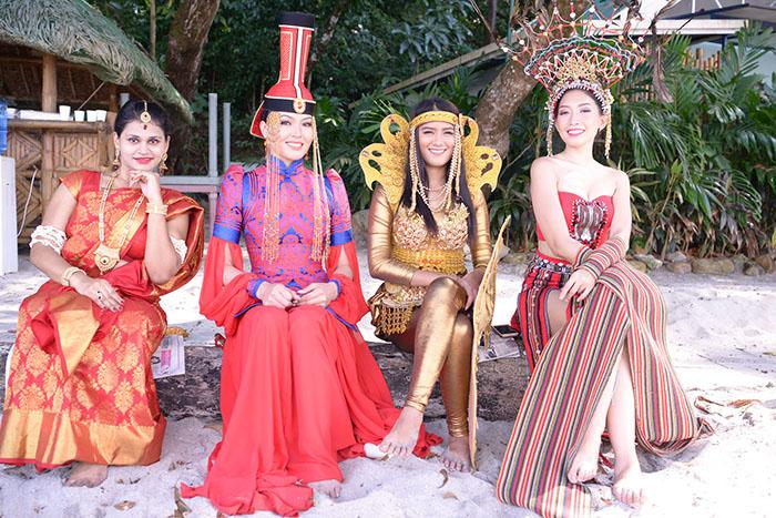Các người đẹp Hoa hậu Đại sứ Du lịch Thế giới rực rỡ và ấn tượng trong phần ghi hình Quốc phục