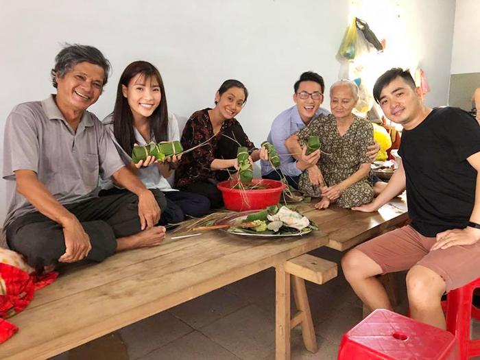 Ảnh đời thường qua Facebook Sao Việt ngày 10/12