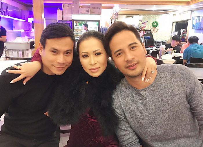 Ảnh đời thường qua Facebook Sao Việt ngày 12/12