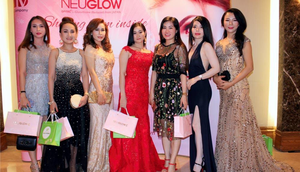 Dàn thí sinh Hoa hậu U30 Việt Nam 2018 lộng lẫy trong sự kiện quốc tế