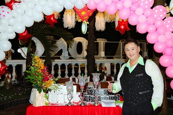 Minh Béo tổ chức sinh nhật hoành tráng
