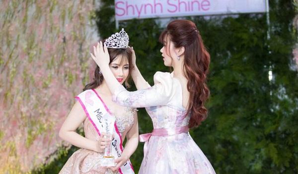 """CEO Lê Thị Xuân tự hào với """"Shynh Shine Night 2017"""""""