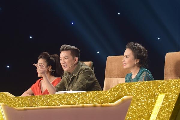 Đàm Vĩnh Hưng thừa nhận Hồ Việt Trung hát bolero rất mùi