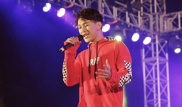 Hoàng Kỳ Nam hát và nhảy cực sung sau khi tung MV mới