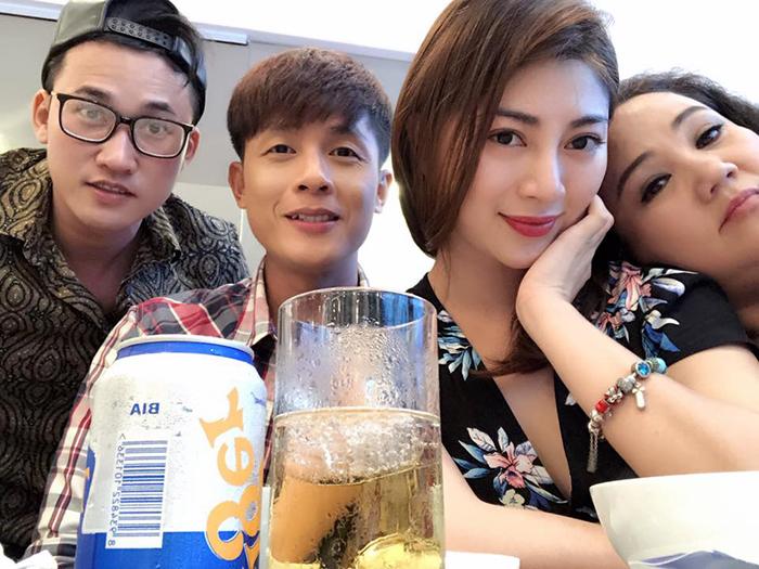 Ảnh đời thường qua Facebook của Sao Việt ngày 29/1/2018