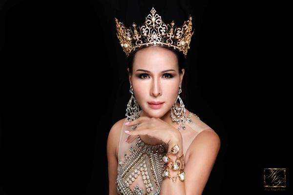 Rực rỡ nhan sắc của Hoa hậu Quý bà Trâm Lưu