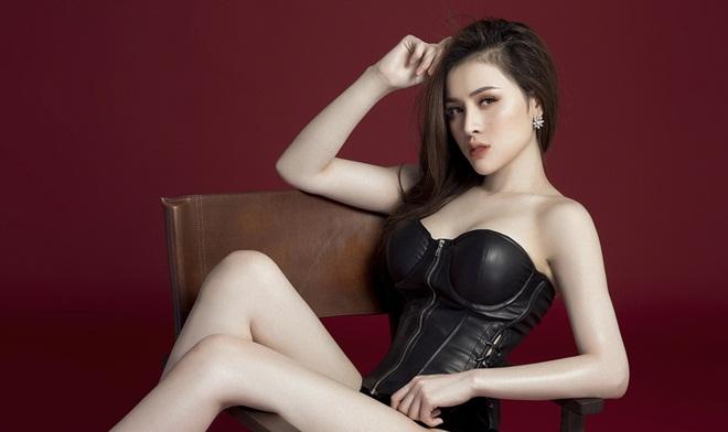 Thư Dung khoe hình thể chuẩn cùng nhan sắc xinh đẹp trước thềm chung kết Miss Eco International 2018