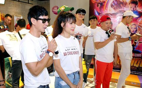 """Lý Hải, Kiều Minh Tuấn, Huy Khánh """"chạy đôn, chạy đáo"""" giao lưu khán giả"""